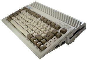 800px-Amiga_600